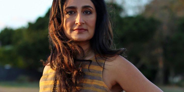Kiran Ahluwalia photo